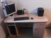 стол компьютерный со стулом и креслом