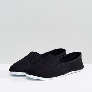 Продаю новые Слипоны на плоской подошве (обувь из Англии)