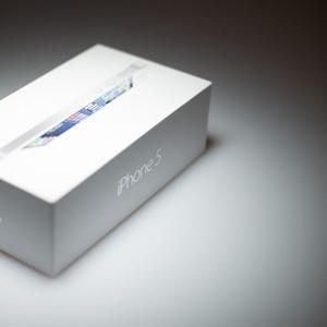 Продам новый iPhone 5 16 Gb Белый (Original)