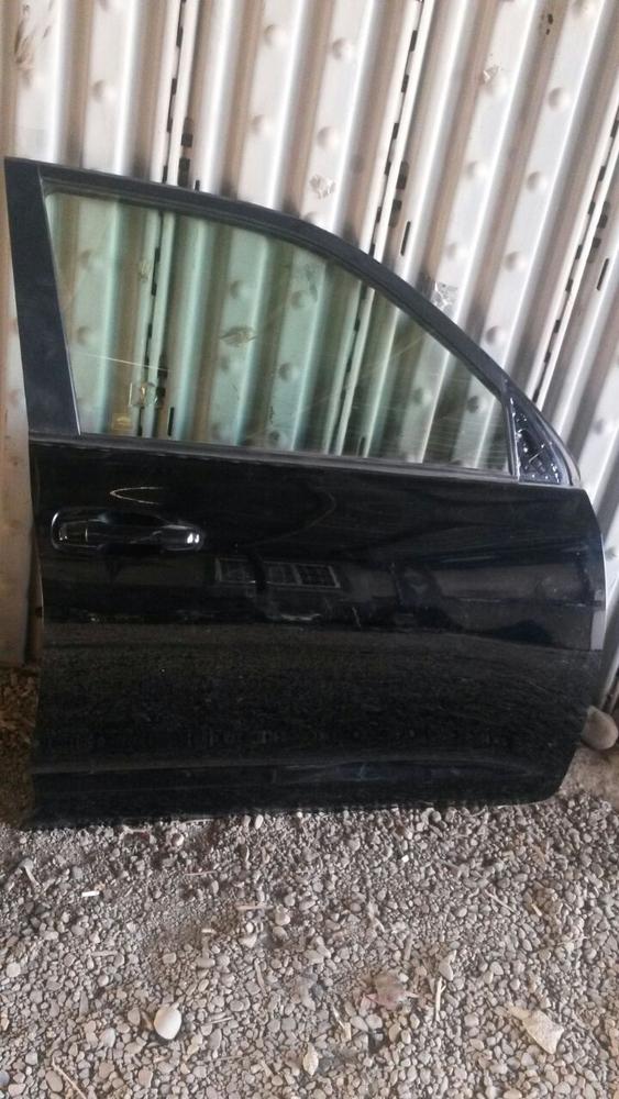 Дверь передняя правая на Toyota Land Cruiser Prado 150