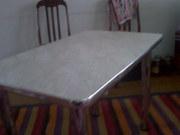 продам кухонный стол+4 стула